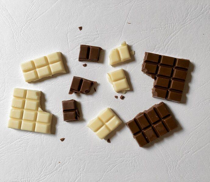 Chocolate Intolerance Vs. Chocolate Allergy (Symptoms & Tests)